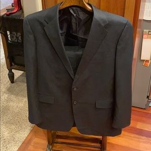 Jones New York Cashmere Worsted 2 button suit 46L